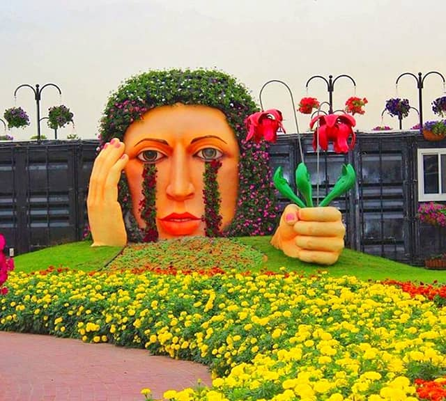 Crying Lady maintenance at Dubai Miracle Garden.