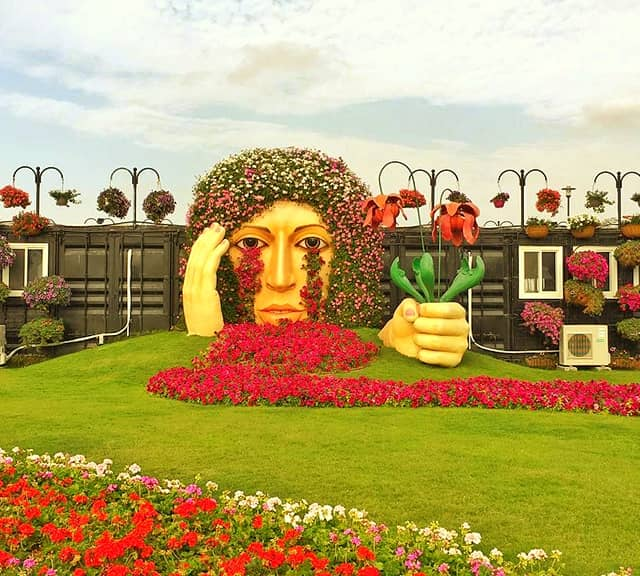 Crying Lady photograph at the Dubai Miracle Garden