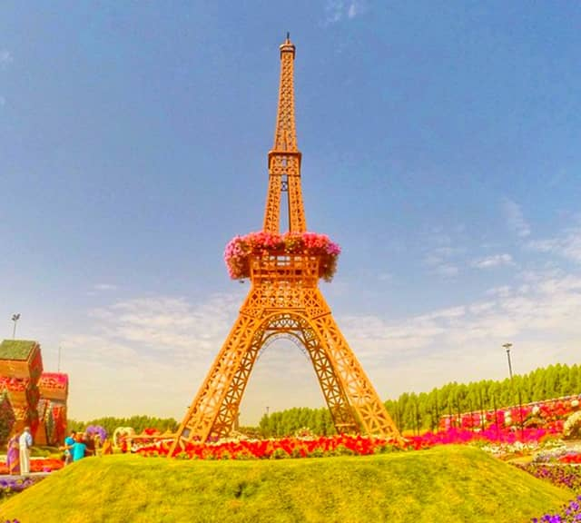 Eiffel Tower's color at Dubai Miracle Garden is Bronze.