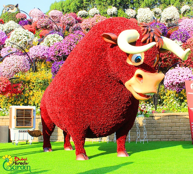 Ferdinand the Bull was decorated with flowers.